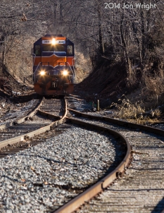 REISTERSTOWN SIDING: I decided to have some fun while the gang I was chasing with ate lunch. This is the train after picking up from CSX with only 1 car. Shot from Reisterstown Lumber looking east. 1/16/14