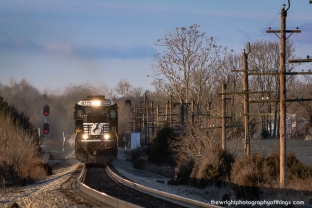 H14.3 SHARPSBURG, MD: 16T just after sunrise in the former Norfolk and Western H Line.